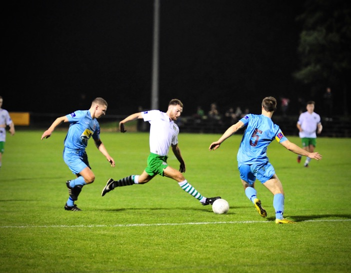 Stephen Dunne battles for the ball. Photo courtesy of Paul Lundy.