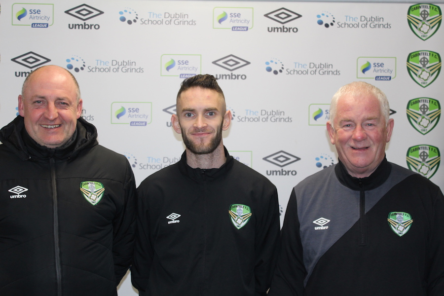 Kieran Marty Waters signs for Cabinteely F.C.